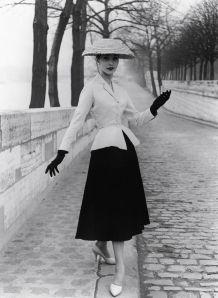 moda-anni-50-look-dior1